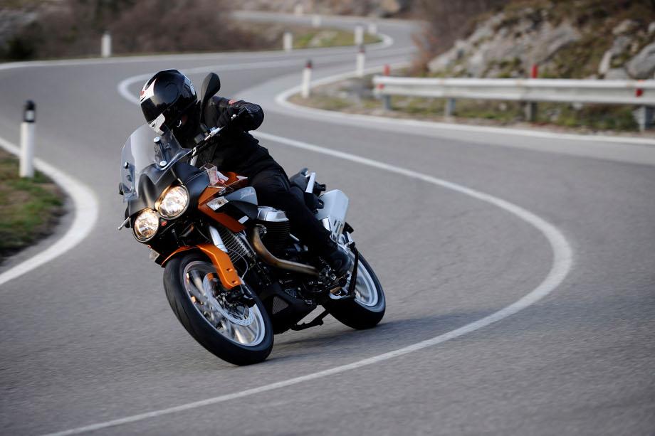 Moto Guzzi Stelvio 1200 8v