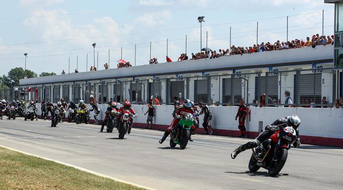 Moto Guzzi Fast Endurance - partenza