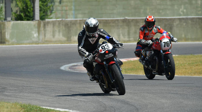 02 Trofeo Moto Guzzi Fast Endurance