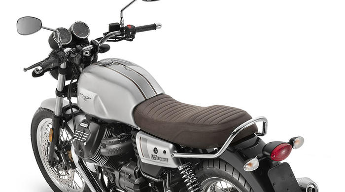 "In vendita la nuova Moto Guzzi V7 III Stone ""Night Pack"""