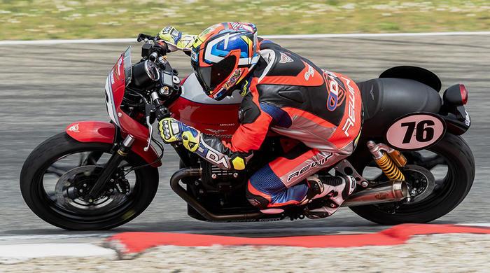 Vallelunga ospita la seconda tappa del trofeo Moto Guzzi Fast Endurance 2019