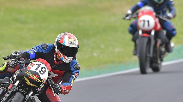 A Magione terza gara del Moto Guzzi Fast Endurance