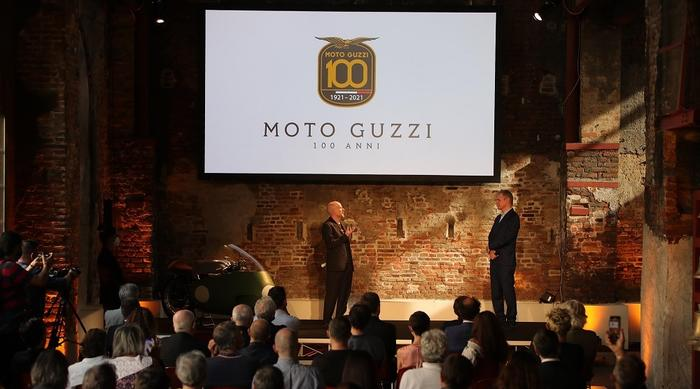 Moto Guzzi 100