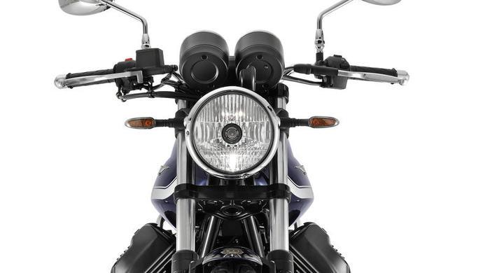 Moto Guzzi V7 Special 7